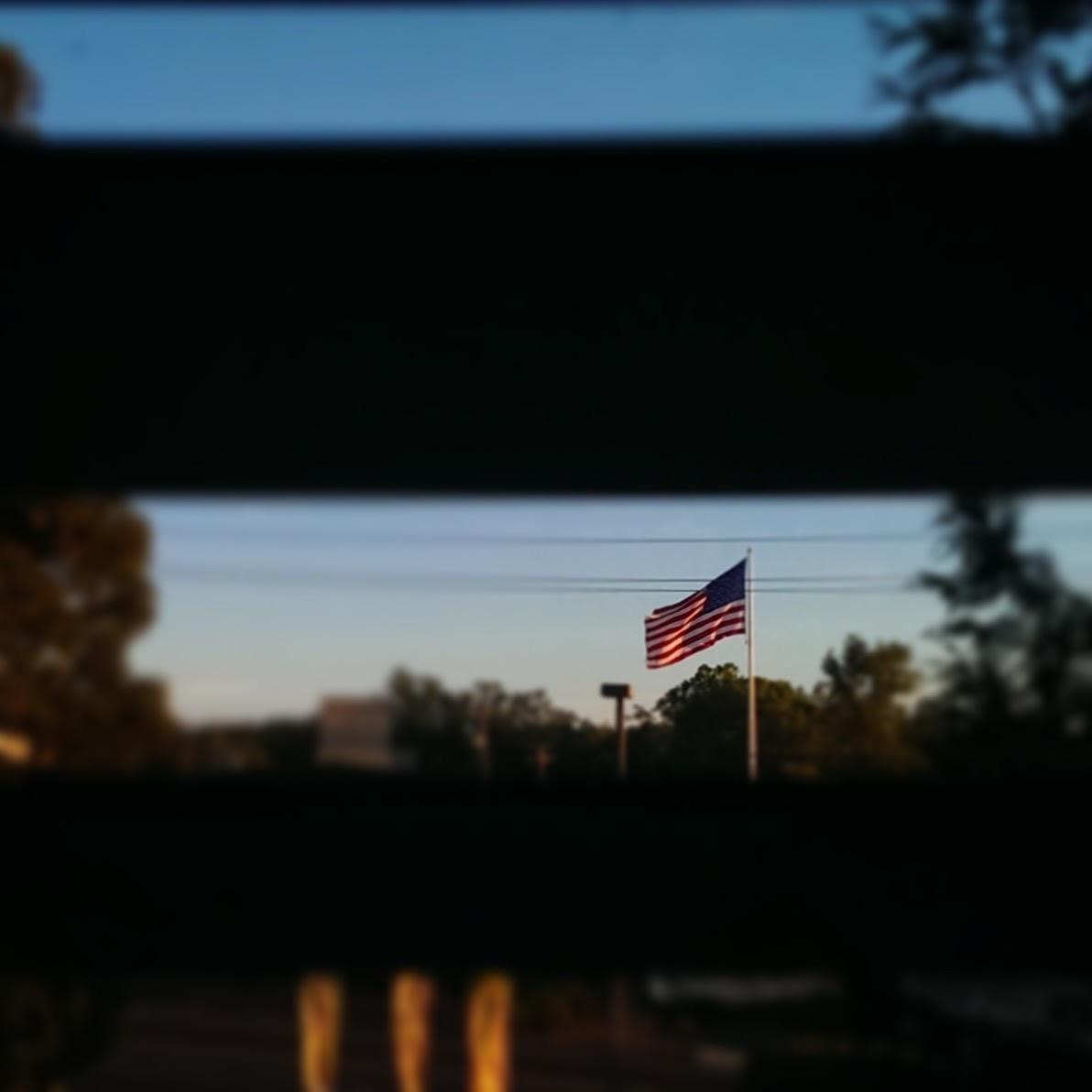 2016-09-23-usa-flag